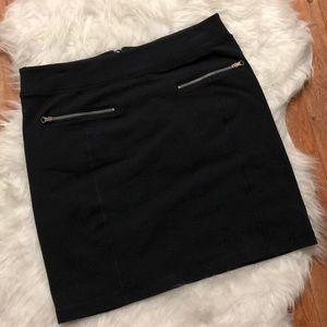 Lululemon Rocket Zipper Skirt Black Size 10